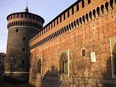 イタリアのミラノのスフォルツェスコ城